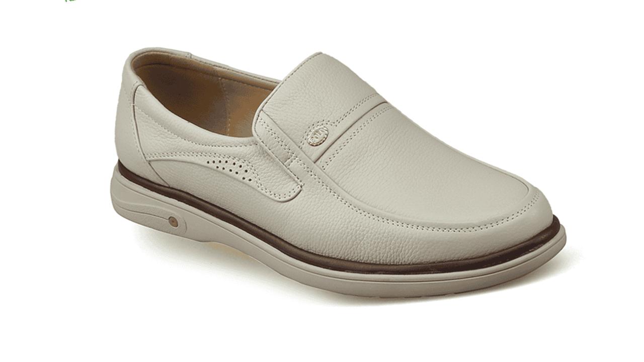 Giày lười màu trắng sữa quý phái mang đậm khí chất CEO; Mã số GL88832TS1